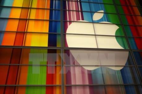 Tương lai đối nghịch của Apple và Facebook