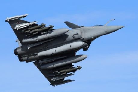 Trở ngại trong thương vụ Ấn Độ mua máy bay chiến đấu Rafale của Pháp