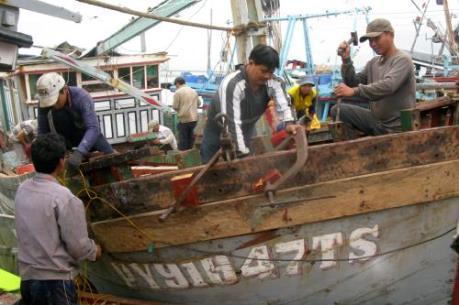 Bên lề kỳ họp Quốc hội: Ngư dân vẫn khó tiếp cận vốn vay khi đóng mới tàu cá