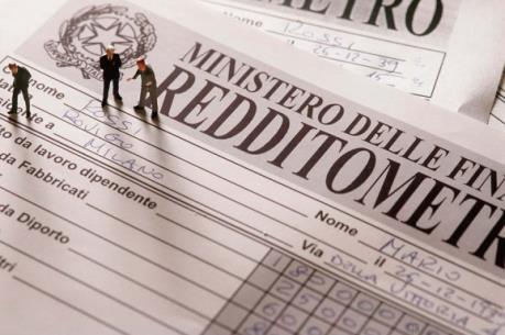 Italy: Tiền trốn thuế tương đương 1/3 GDP