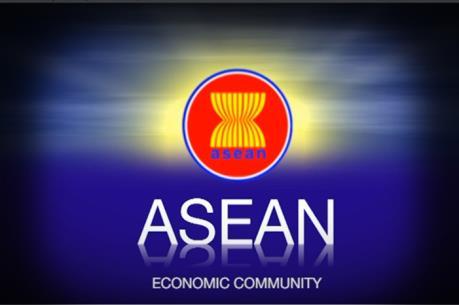 Hội nhập AEC: Có thấy sóng cả mới vững tay chèo