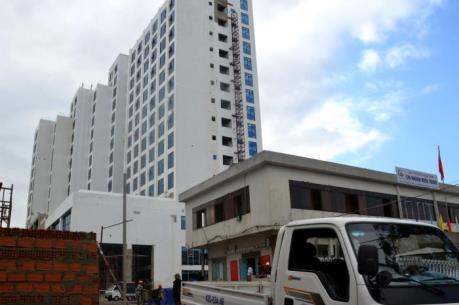 Bộ Xây dựng yêu cầu sớm xác định nguyên nhân sự cố rơi vận thăng tại Đà Nẵng