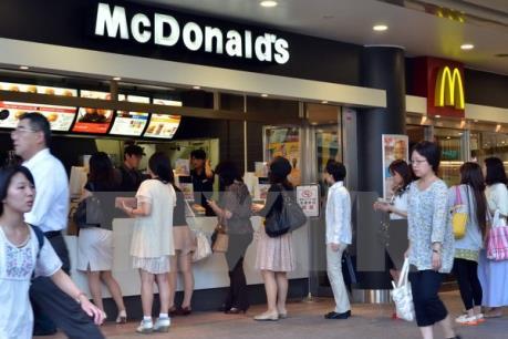 Kinh tế khó khăn, người tiêu dùng ASEAN bớt yêu thích đồ ăn nhanh