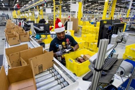 """Người tiêu dùng thờ ơ với các """"thiên đường"""" mua sắm cuối năm"""