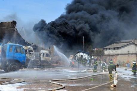Cháy nhà máy hóa chất ở Đài Loan, 2 người bị thương nghiêm trọng