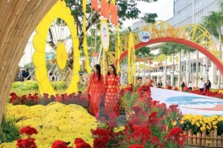 Thành phố Hồ Chí Minh khai mạc 131 chợ hoa Tết