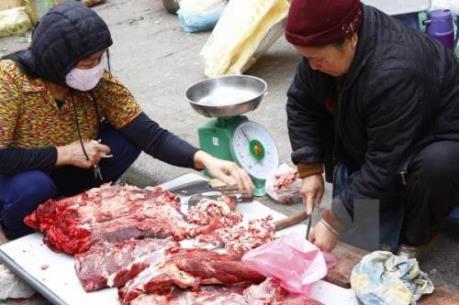Hà Nội tăng cường kiểm tra các cơ sở chăn nuôi, giết mổ sau Tết