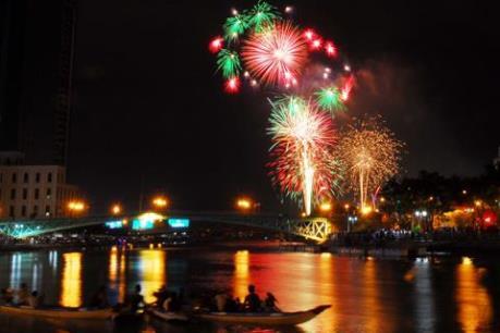 Hà Nội, TPHCM, Đà Nẵng,... sẽ không bắn pháo hoa Tết 2017
