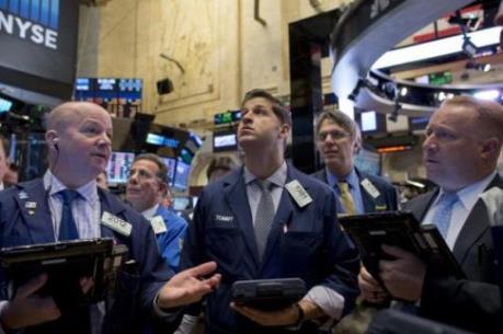 Chứng khoán Mỹ chìm trong sắc đỏ do lo ngại về kinh tế toàn cầu