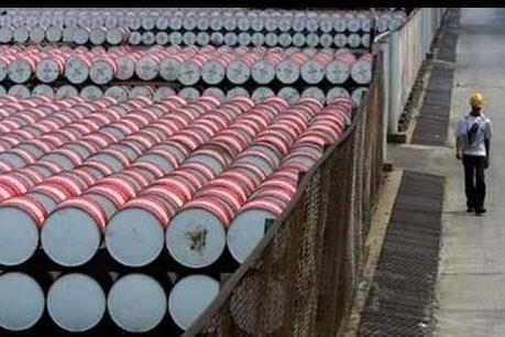 Giá dầu thế giới phục hồi mạnh