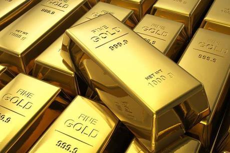 Giá vàng thế giới chạm đỉnh của ba tháng