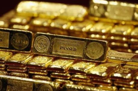 Giá vàng vẫn ở sát mức đỉnh của ba tháng