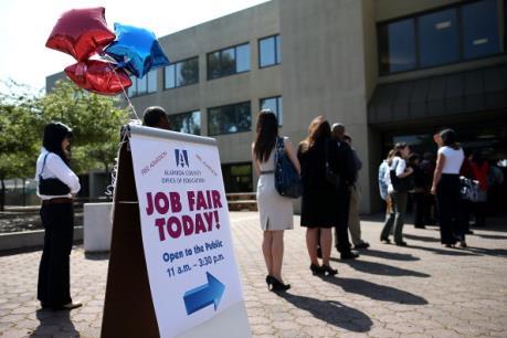 Tỷ lệ thất nghiệp Mỹ giảm xuống mức thấp nhất trong 8 năm