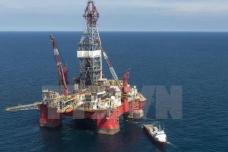Giá dầu Mỹ rơi xuống đáy của gần 13 năm