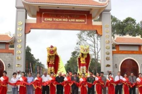 Khu tưởng niệm Chủ tịch Hồ Chí Minh tại Cà Mau đón hơn 3.500 lượt khách