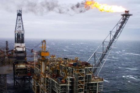 Đồng USD suy yếu giúp giá dầu châu Á hồi phục nhẹ