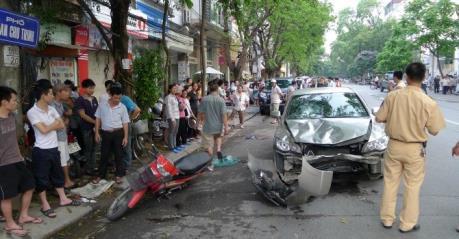 39 người chết trong 52 vụ tai nạn giao thông