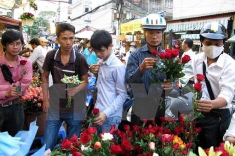 Sôi động thị trường quà tặng Valentine