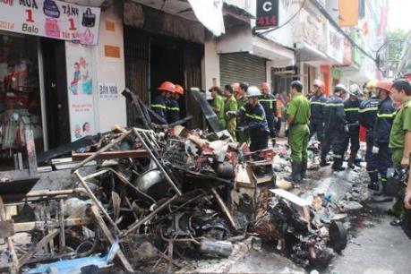 Cháy lớn giữa trung tâm thành phố Đà Lạt