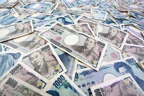 Đồng yen rớt giá theo đà suy yếu của kinh tế Nhật Bản