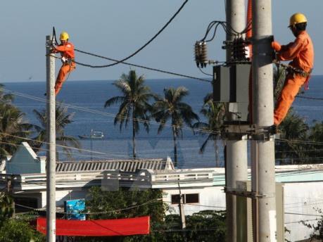 Hơn 10.800 tỷ đồng đưa điện về vùng sâu, vùng xa và hải đảo