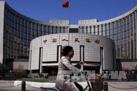 Dự trữ ngoại tệ của Trung Quốc giảm nhẹ