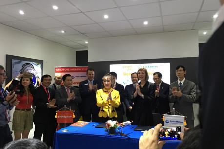 """Vietjet ký hợp đồng """"khủng"""" nhất tại Singapore Air Show 2016"""