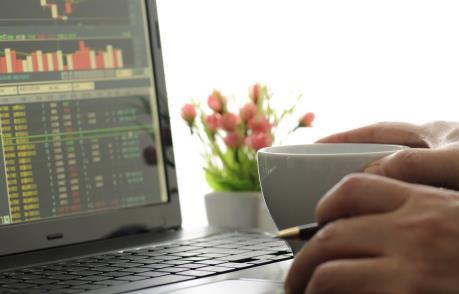 Thị trường giao dịch thận trọng, VN-Index tăng hơn 0,5 điểm