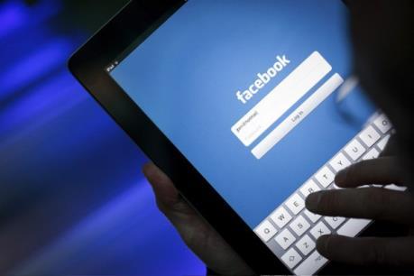 Bắt đối tượng chuyên đột nhập facebook để lừa đảo