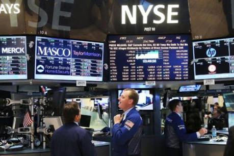 """Phố Wall """"xanh sàn"""" trở lại nhờ sự phục hồi của giá dầu"""