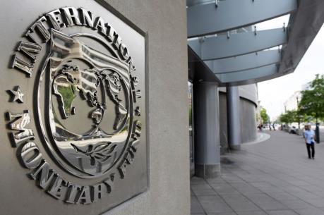 """IMF cảnh báo kinh tế thế giới có nguy cơ """"trật bánh"""""""