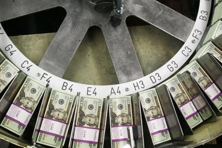 Fed vẫn có khả năng tăng lãi suất nhiều lần năm nay