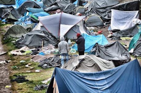 Vấn đề người di cư: Tòa án Pháp cho phép sơ tán một phần trại tị nạn ở Calais