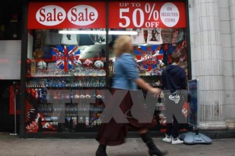 Anh: Lòng tin tiêu dùng xuống mức thấp nhất trong 14 tháng