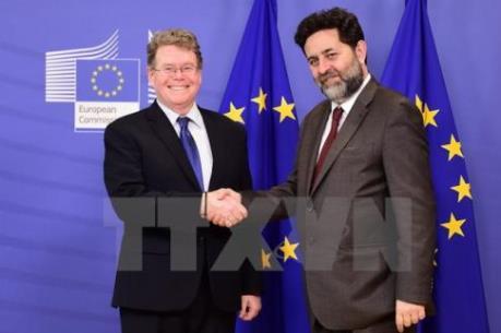 EU và Mỹ hy vọng kết thúc đàm phán về TTIP vào cuối năm nay