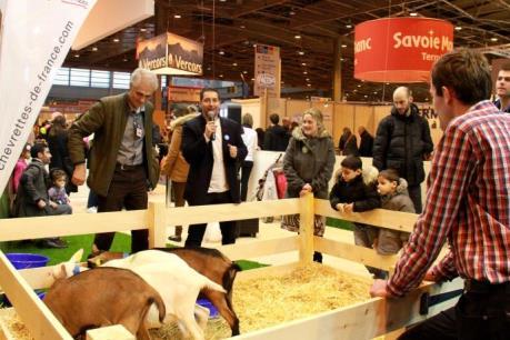 Pháp: Hội chợ nông nghiệp thu hút đông đảo khách tham quan