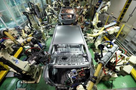 Sản lượng công nghiệp Nhật Bản tăng lần đầu tiên trong ba tháng