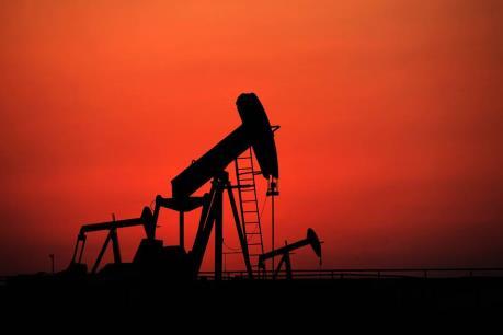Giá dầu khởi sắc nhờ số liệu tích cực của kinh tế Mỹ