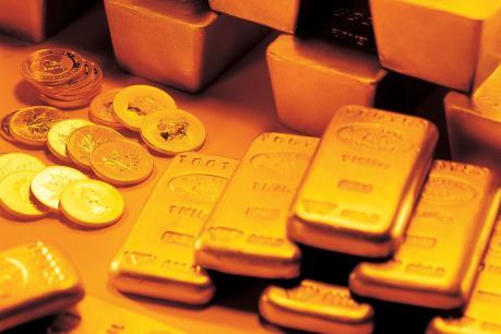 Giá vàng châu Á hàng tháng tăng tốt nhất trong bốn năm