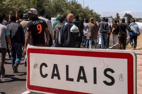 Vấn đề người di cư: Pháp tiếp tục giải tỏa khu lán trại trái phép ở cảng Calais
