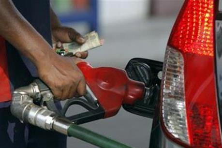 Giá dầu ngày 2/3 tăng bất chấp kho dự trữ nhiên liệu của Mỹ đầy lên