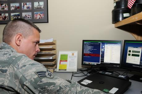 Bộ Quốc phòng Mỹ tuyển dụng tin tặc
