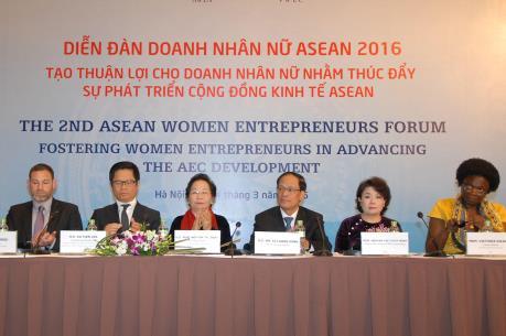 Nâng cao quyền năng kinh tế cho doanh nhân nữ trong AEC