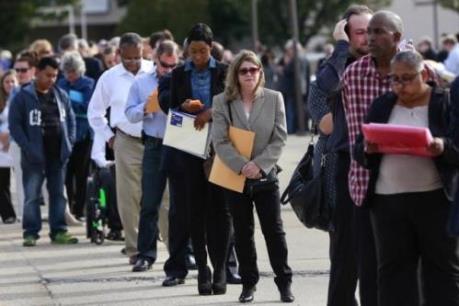 Mỹ: Thị trường lao động tiếp tục phục hồi