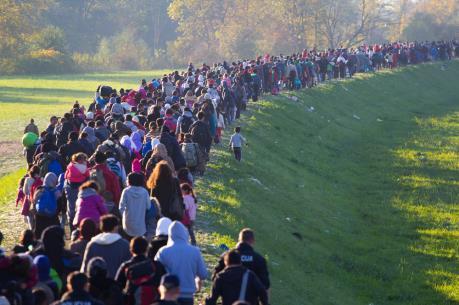 Vấn đề người di cư: Đức, Hy Lạp phản đối việc đóng cửa tuyến đường Balkan
