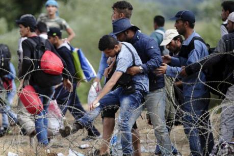 """Vấn đề người di cư:  Cuộc """"mặc cả"""" khó khăn"""