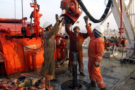 Rủi ro của việc thu hẹp hoạt động khai thác dầu mỏ