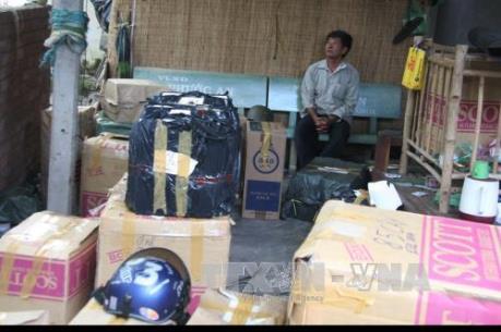 Cao Bằng bắt giữ 2 vụ nhập lậu nguyên liệu thuốc lá số lượng lớn