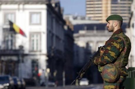 Bỉ tiêu diệt một nghi can khủng bố Paris