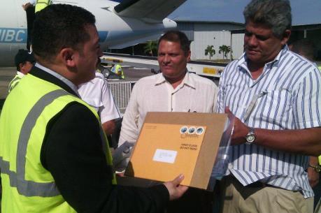 Cuba đón những bưu kiện đầu tiên từ Mỹ sau gần nửa thế kỷ